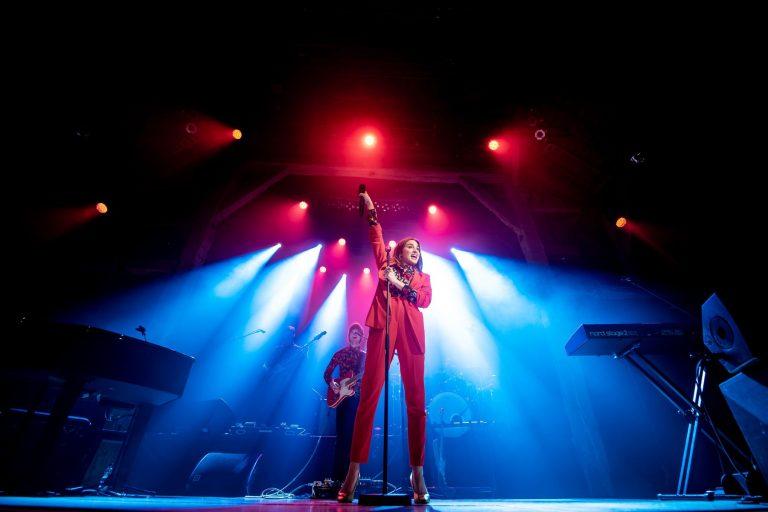 concert festival scène life musique music artiste chanteur typh barrow